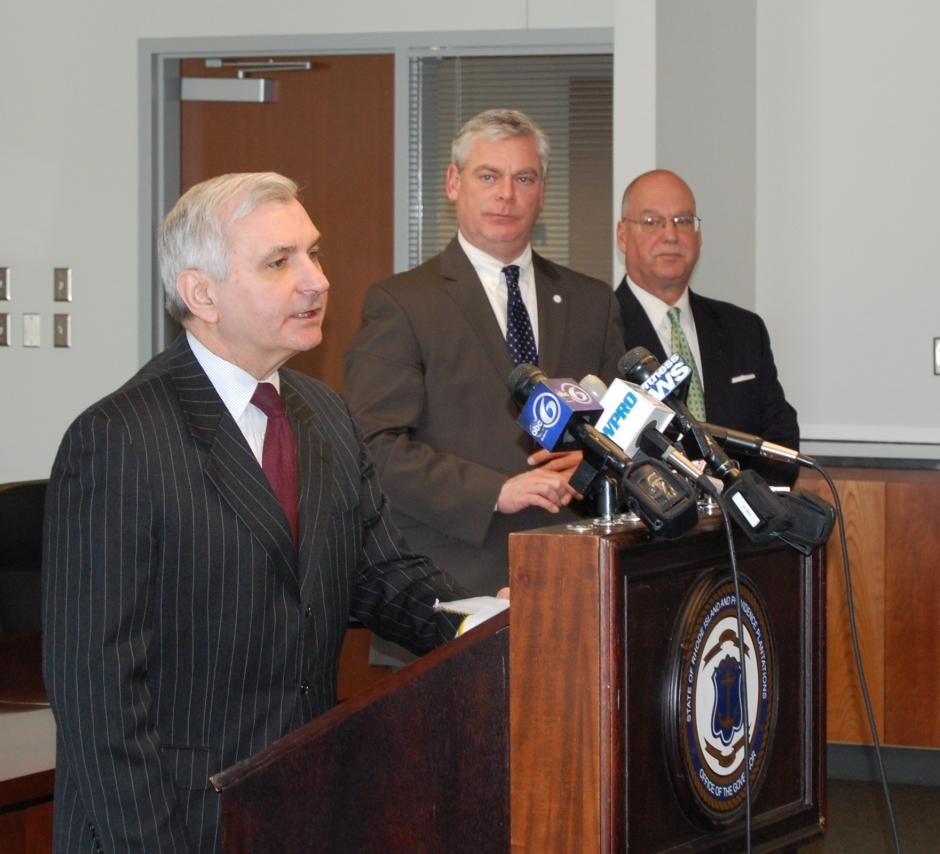 Following the Passage of the Federal Aviation Administration Bill, Reed Visits T.F. Green Airport