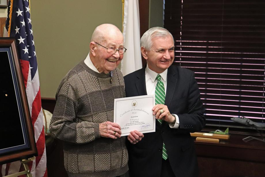 Reed Presents Medals to 100-Year-Old WWII Veteran