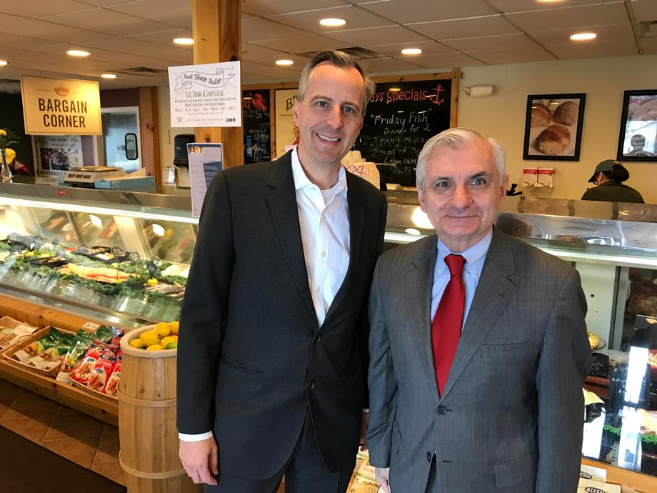 Reed Visits Blount Fine Foods in Warren