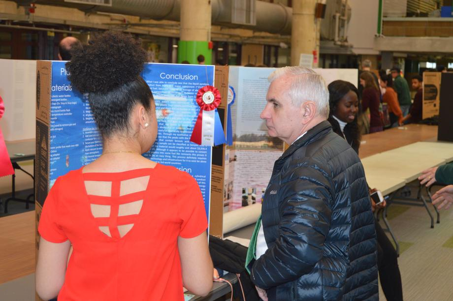 Reed Tours Displays of Scientific Ingenuity and Talent at the Rhode Island Science & Engineering Fair