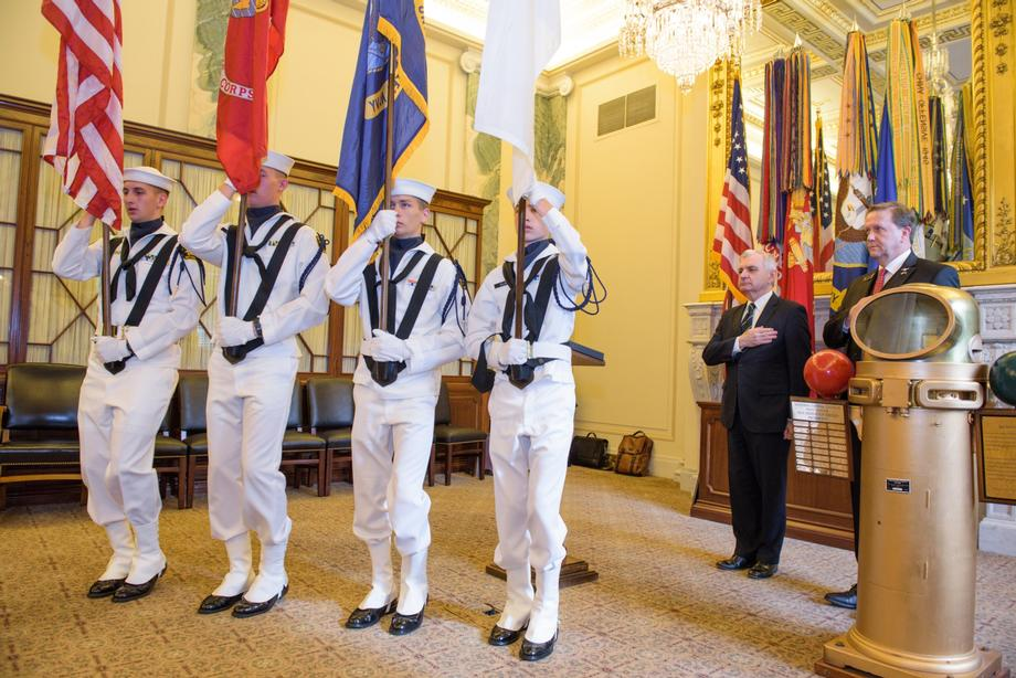 Reed Recieves Sea Service Award at National Capitol Council of the Navy League Reception