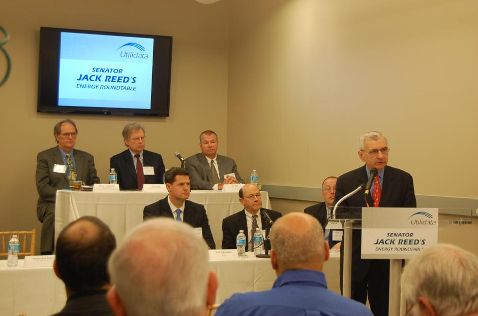 Reed Hosts Energy Roundtable