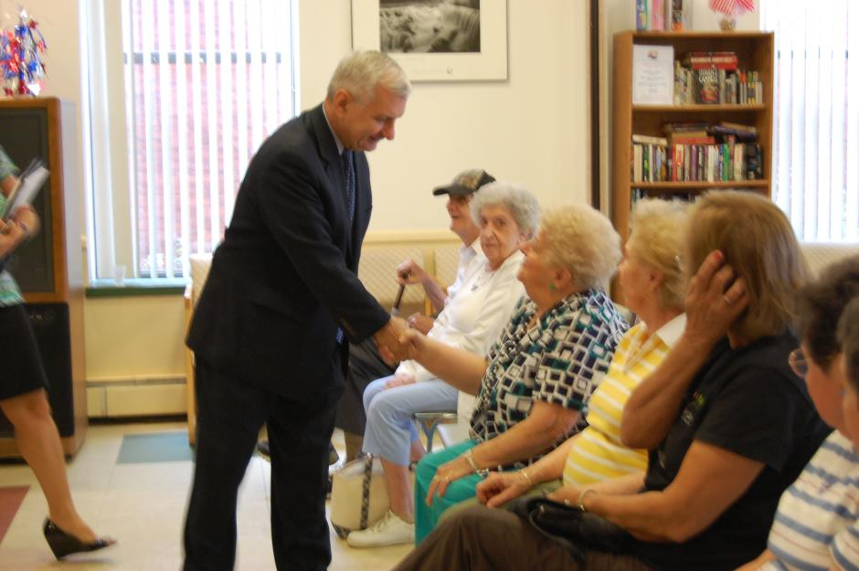 Reed Visits Leon Mathieu Senior Center in Pawtucket