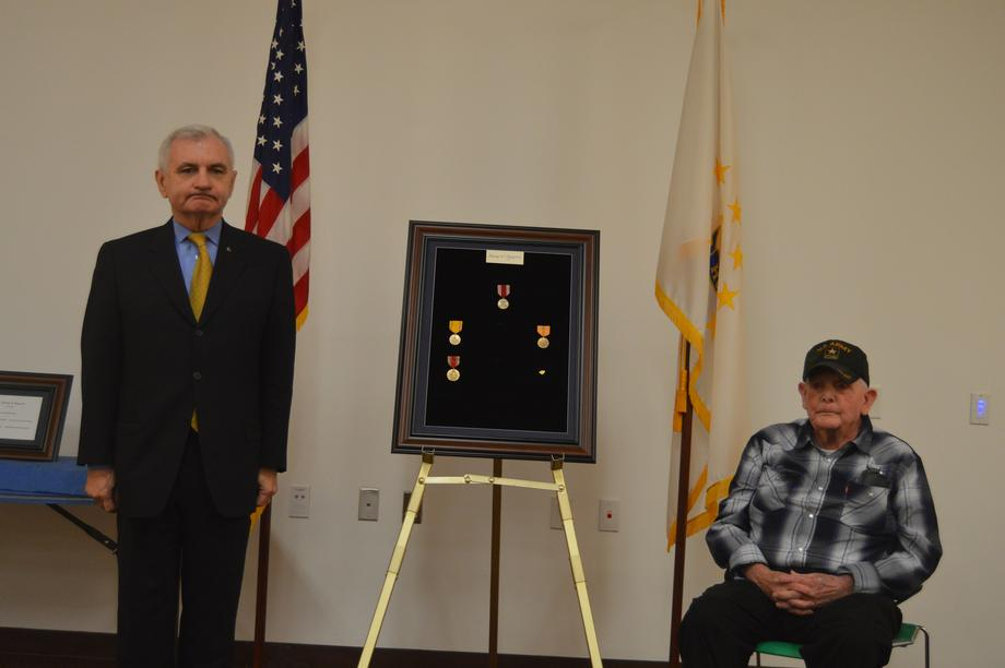 Reed Presents WWII Veteran With Overdue Military Medals